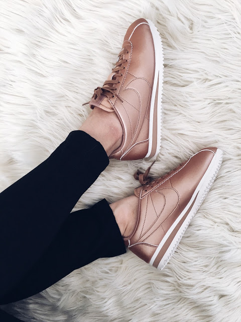 Stylish Sneakers Rose Gold Nike Cortez