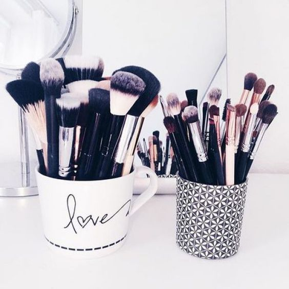 5 simple ideas to organize your makeup