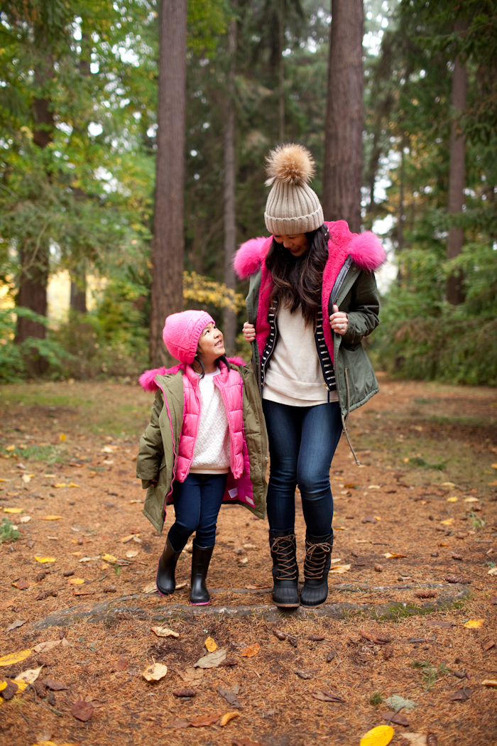 Mom and daughter stylish winter outfits