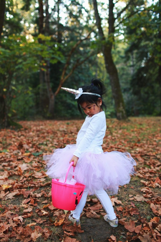 7ba67ce86557a DIY Unicorn Costume Tutu - Halloween Costumes for mom and daughter