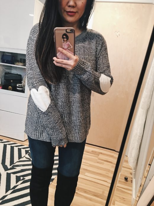 Outfit Ideas: Sweater and over the knee boots