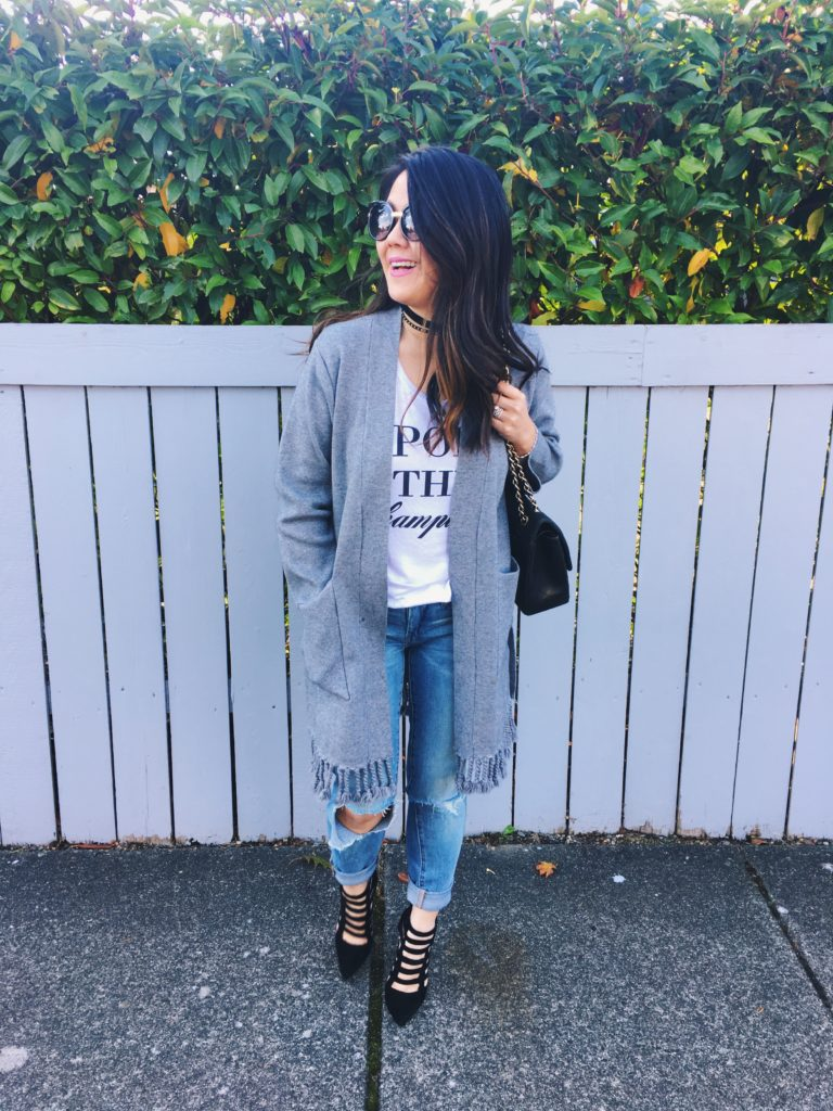 10 ways to style jeans a t-shirt